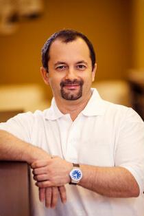 Dr. Tóth Attila Zahnarzt