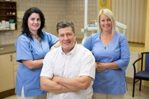 zahnarztpraxis-dr-cziner-team
